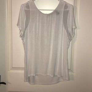 BKE Red top. White. XL